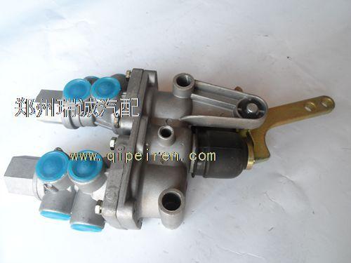 东风eq140-2双腔继动阀图片