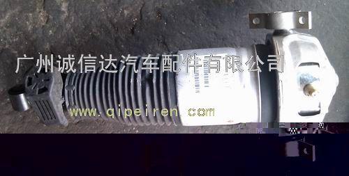 奥迪q7三元催化,油箱,散热器,分火线,雨刮电机高清图片