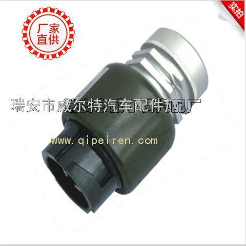 生产 斯太尔里程表 传感器 豪沃里程表传感器 生高清图片