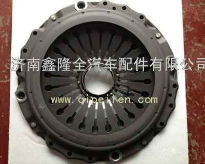 离合器是汽车部件中的一个传动机构,有着两个部分,分别是主动部分图片