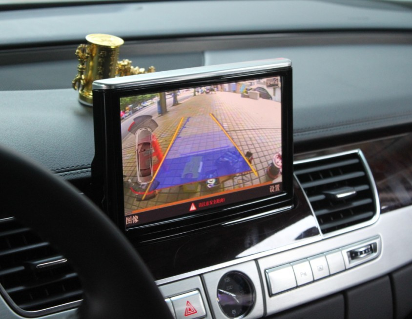 倒车轨迹数字电视手机无线连接 奥迪q3加装导航倒车影像蓝牙一体机