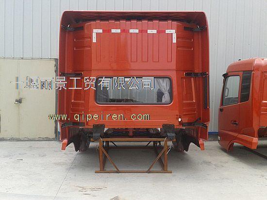东风天龙雷诺375驾驶室5000012-c0396