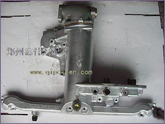 名称:d5010550127东风天龙雷诺发动机机油冷却器总成 类别:汽车三滤