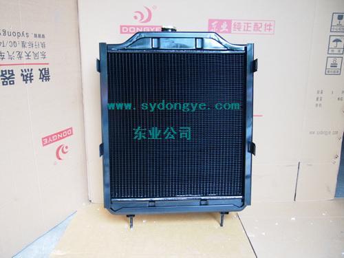 福田雷沃欧豹820拖拉机柴油机水箱农机散热器