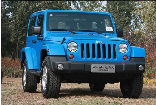 2012款jeep牧马人越野车利器车型解析,分动箱成为亮点