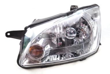 整个汽车尾灯的设计涉及到光学